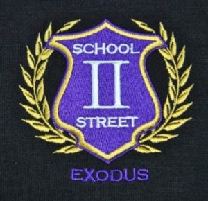 Embroidered-school-emblem-and-personalised-name