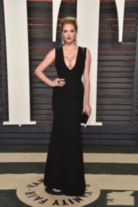 kate-upton-black-sexy-black-evening-prom-dress-vanity-fair-party-oscars-2016