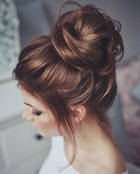 Easy Hairstyles for High School and University Students